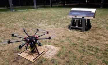 Новые дроны могут самостоятельно закреплять гвоздями кровлю