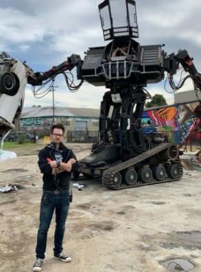 Компания MegaBots обанкротилась – теперь боевого робота можно купить на eBay