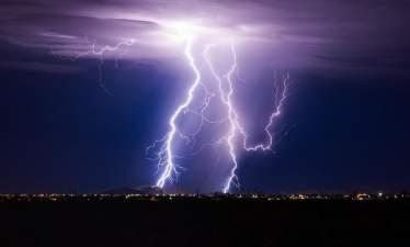 Искусственный интеллект сможет прогнозировать удары молний