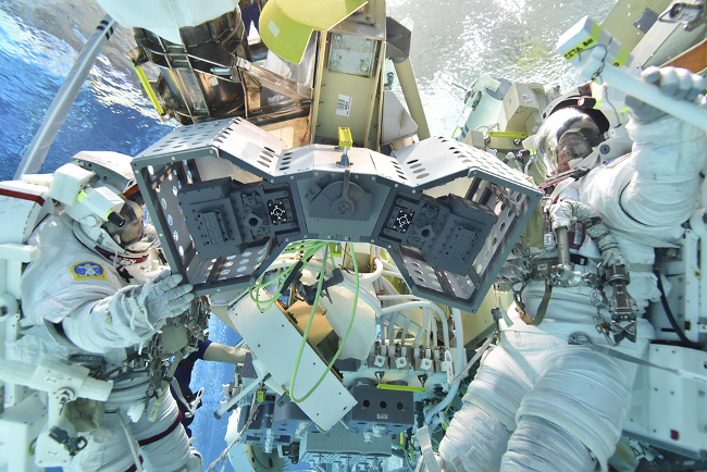 NASA запустит на МКС «отель для роботов»