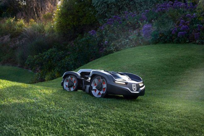 От прорывной идеи к лидерству в индустрии: газонокосилкам-роботам Husqvarna исполняется 25 лет