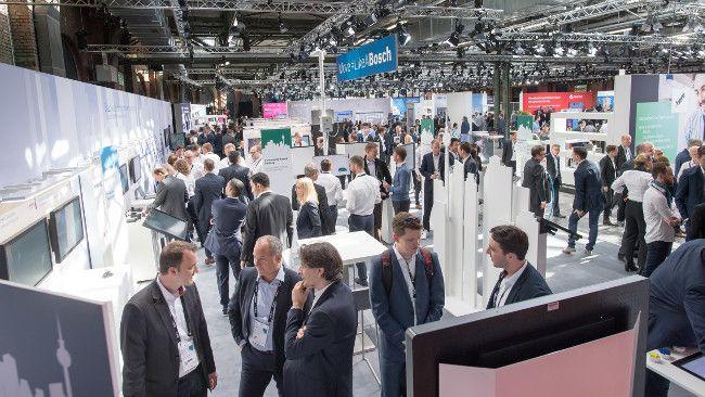 Автомобили, дома, заводы с Интернет-подключением: умные решения Bosch упрощают повседневную жизнь