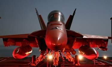 """Американцы """"дронизовали"""" самолеты РЭБ EA-18G Growler"""