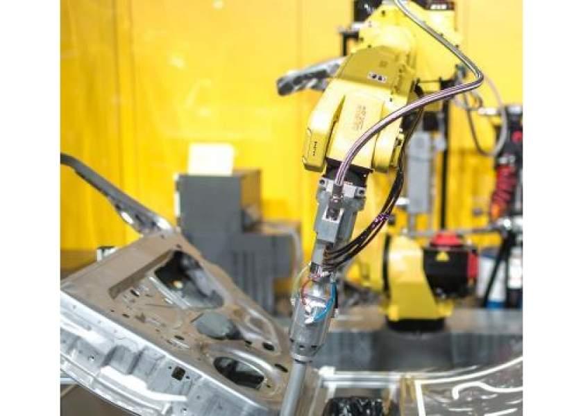 FANUC поставит BMW AG 3.5 тысячи роботов